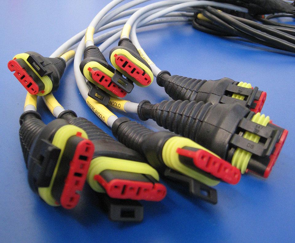 Schemi Cablaggi Elettrici : Cablaggi elettrici premontati cf
